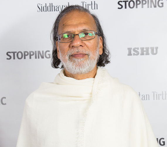 Acharya-Shree-Yogeesh-Stopping-Traffic-Executive-Producer
